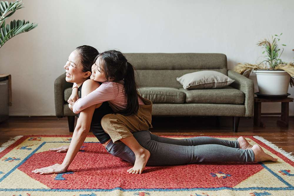 6 Tips for Getting the Most Out of Your Livestreamed Yoga Classes